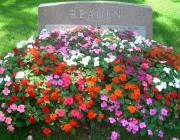 New Light Cemetery gravesite for Reagen